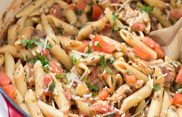 The Spicy Olive's Tuscan One Pan Pasta